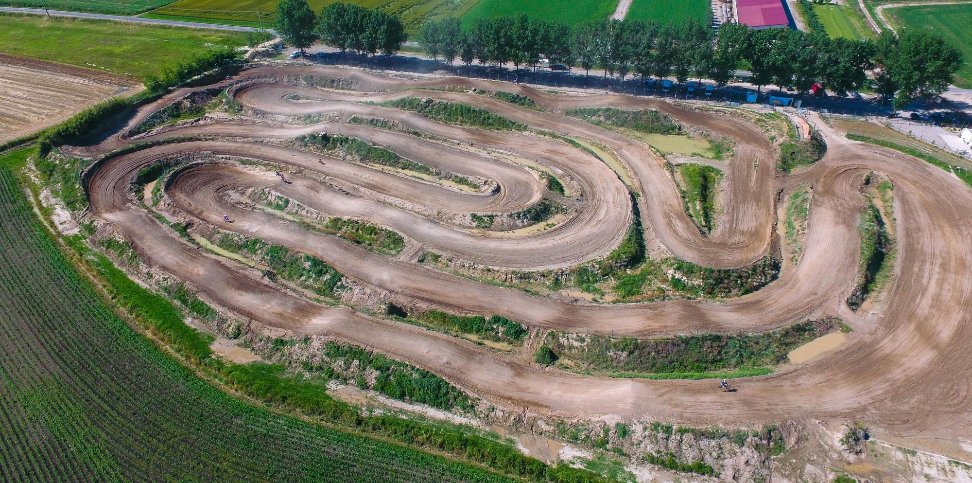 pista motocross sabbia